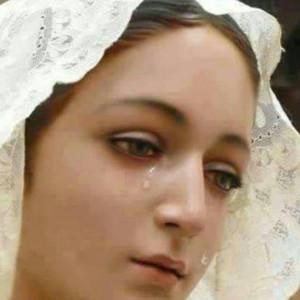 maria che piange