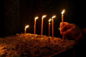 church-candles-pixabay-cc0-pd-600x400